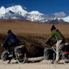 Asiemut-Film-Melanie-Carrier-Olivier-Higgins-Ciclismo-Classico-Bike-Travel-Film-Festival