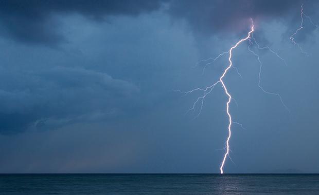 Carl-Milner-Storms-in-Paradise