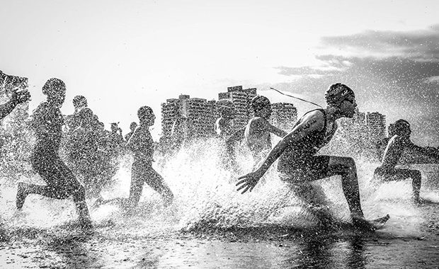 Wagner-Araujo-Grand-Prize-2013-National-Geographic-Traveler-Photo-Contest