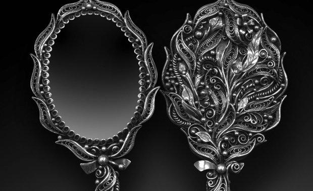 Silver-Filigree-Vanity-Mirror-Aleksandr-Maryaskin-2014-Saul-Bell-Design-Award