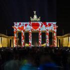 Brandenburger-Tor-3D-Video-Mapping-Berlin-Festival-of-Lights-2014