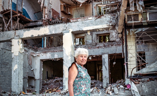 Nina-Antonovna-Justyna-Mielnikiewicz-2015-Winner-Aftermath-Project