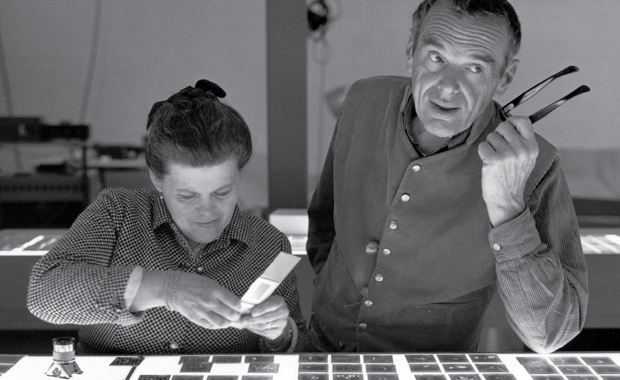 MoMoWo-International-Photographic-Competition-Ray-Charles-Eames