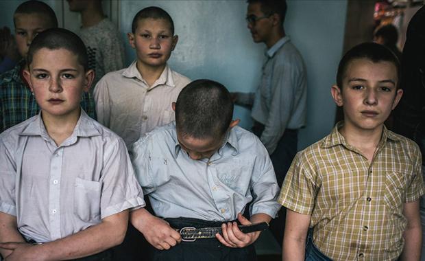 Vadim-Braydov-Special-School-Luis-Valtuena-Humanitarian-Photography-Award